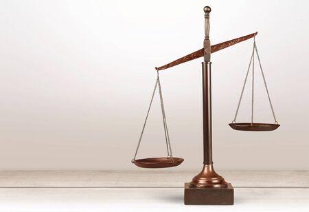 Balanza de justicia, balanza, equilibrio. Foto de archivo