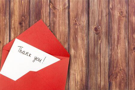 Lettre avec carte vierge et enveloppe avec