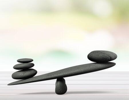 Zen-Basaltsteine auf Hintergrund Standard-Bild