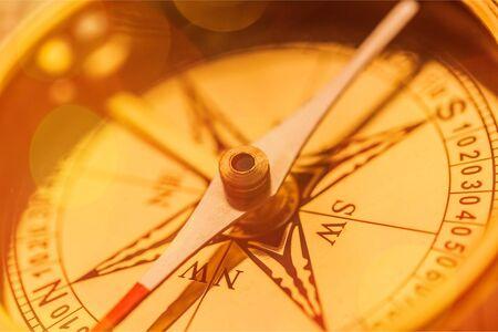 Brass antique compass with bright Zdjęcie Seryjne