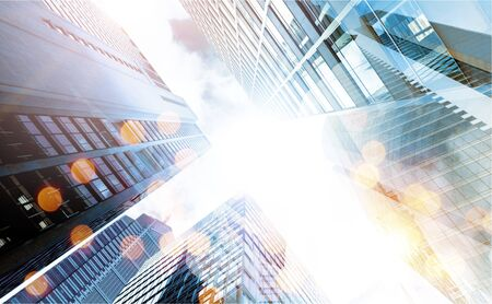 vue en contre-plongée des gratte-ciel Banque d'images
