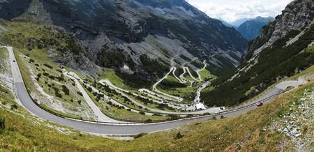Italy, Famous road to Stelvio Pass in Alps. Alpine landscape. Mountain serpentine Imagens - 131985831