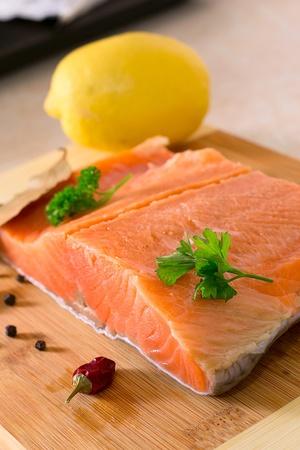 fresh salmon fillet Stock Photo - 17014653