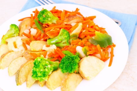 Mixed vegetables on a plate with fork Stock Photo - 17014658