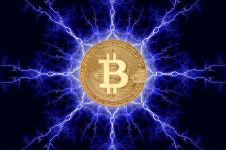 Gold coin bitcoin cryptocurrency physical concept on a dark background with lightning around. 3D rendering Banco de Imagens