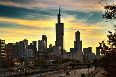 Downtown Chicago in den frühen Morgenstunden Standard-Bild - 8781356