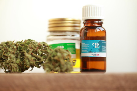cannabis oil cbd Stock Photo - 92299255