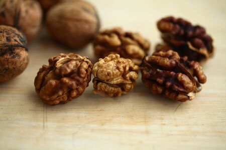 peeled whole kernels of walnuts harvest Reklamní fotografie - 132348482