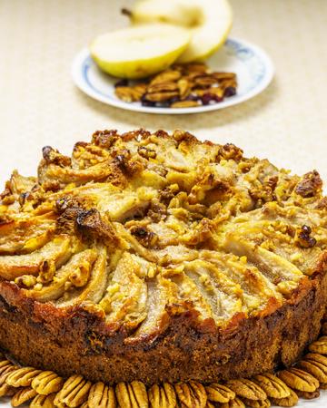 Tarta de pera tarta de frutas orgánicas caseras con nueces de pacana