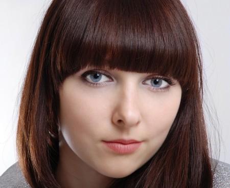 Jugend Gesicht umrahmt mit dunklen Haaren Standard-Bild - 4382625