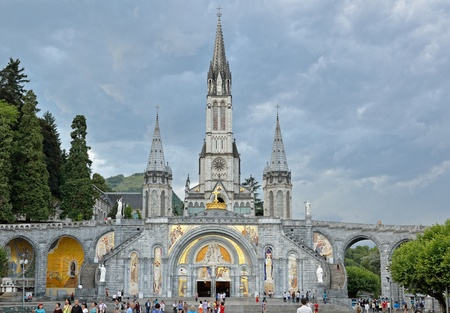 The Basilica of our Lady of the Rosary is a Roman Catholic church and minor basilica in Lourdes. Stok Fotoğraf