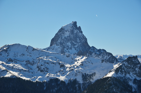 midi: Pic du Midi dOssau is a symbol of the French side of the Pyrenees.