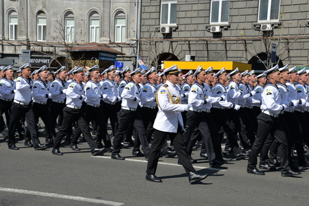 Cadets of the naval academy parade through the Ukrainian capital during a celebration of the countrys Independence Day. 新聞圖片