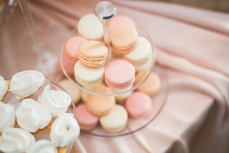 De Franse zoete kleurrijke macaronsachtergrond, sluit omhoog Stockfoto