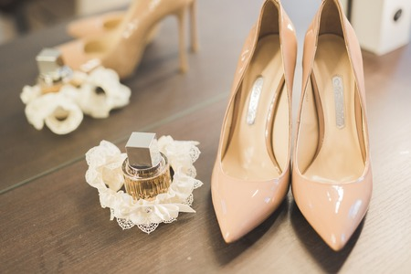 White beautiful wedding shoes for women, bride Imagens
