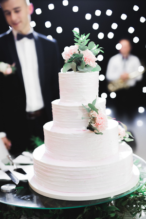 Luxury decorated wedding cake on the table Stok Fotoğraf