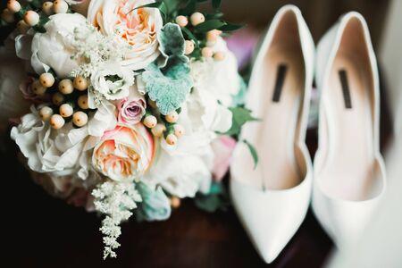 Wedding luxury jewelry for bride on beautiful background Imagens