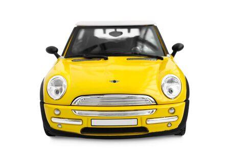 carritos de juguete: Modelo amarillo coche - vista frontal Foto de archivo