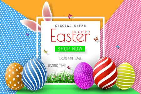 Easter Sale Illustration with Color Painted Egg and Typography Element on Abstract Background. Vector Holiday Design Template for Coupon, Banner, Voucher or Promotional Poster. Vettoriali