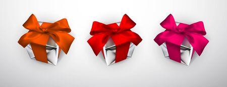 Realistische Geschenkbox mit roter, rosa und orangefarbener Schleife auf grauem Hintergrund. Vektor-Illustration.