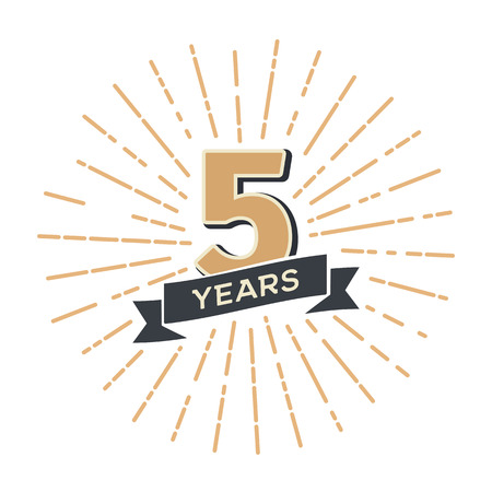 Five years anniversary retro vector emblem isolated template. Vintage logo fifth 5th years with ribbon and fireworks on white background Banco de Imagens