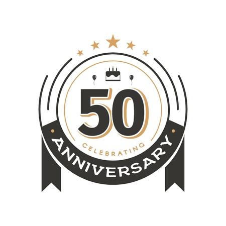 Modèle de logo vintage anniversaire à l'emblème vectoriel isolé rétro du cercle du 50e anniversaire. Insigne de cinquante ans sur fond blanc
