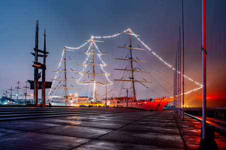 """Christmas """"Dar Młodzieży"""" in the port of Gdynia"""