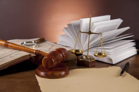 Drewniane biurko w kancelarii Zdjęcie Seryjne