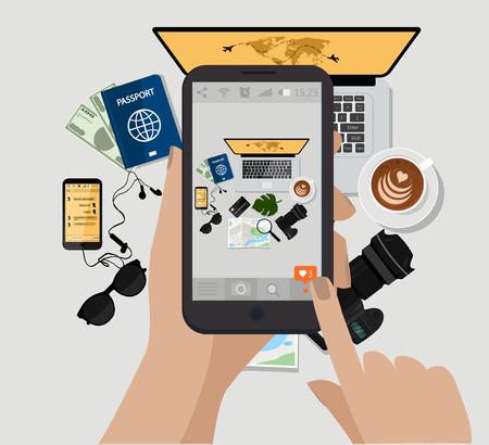 손을 잡고 휴대 전화 및 사진을 확인합니다. 벡터 일러스트 레이 션. 컴퓨터, 사진 카메라, 커피 컵, 선글라스, 여권, 전자 책, map.Top보기. 여행 액세서리