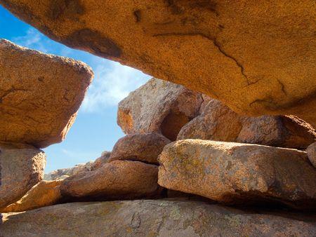 cleft: Gap in rock.