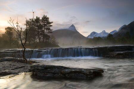 bod: Dawn landscape