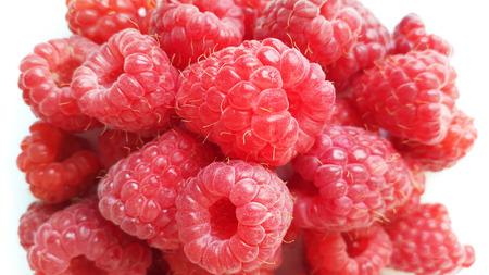 raspberry macro - red sweet berries Stock Photo - 104651389
