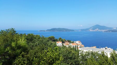 Adriatic sea and green hills near Budva and Becici - landscapes of Montenegro Banque d'images - 147872647