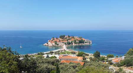 Sveti Stefan island - Adriatic sea near Montenegro coast - blue sea under clear sky at sunny day Banque d'images - 148559901