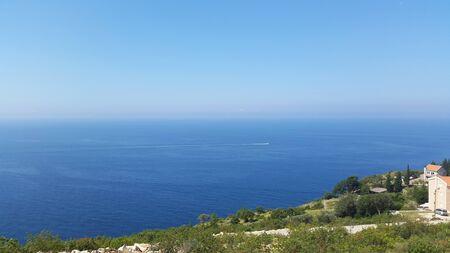 Adriatic sea till horizon - sea coast of Montenegro Standard-Bild