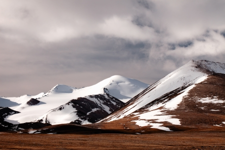 kyrgyzstan: Barskoon valle de Kirguist�n, de alta monta�a de Tyan Shan