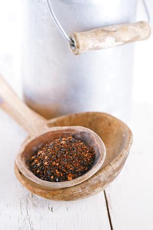 chiles secos: chipotle - chile jalapeño ahumado en cuchara vieja, dof bajo