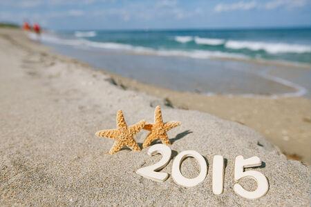 2015 Briefe mit Seestern, Meer, Strand und Seenlandschaft, flache DOF Standard-Bild - 27683655