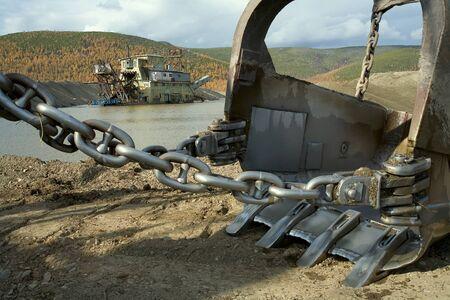 gold shovel: Gold mining in Kolyma