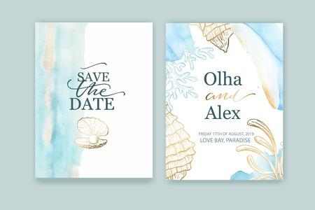 Conjunto de tarjetas de boda, invitación. Guarde el diseño de estilo de mar de fecha. Lavado de acuarela azul. Fondo de verano. Conchas marinas dibujadas a mano con textura dorada.