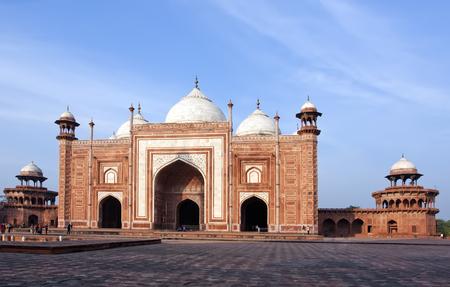 Mosque in the territory Taj Mahal complex, India