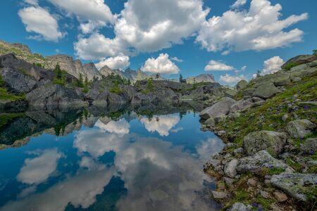 Mountain Lake. Ergaki Park, Russia. Banco de Imagens