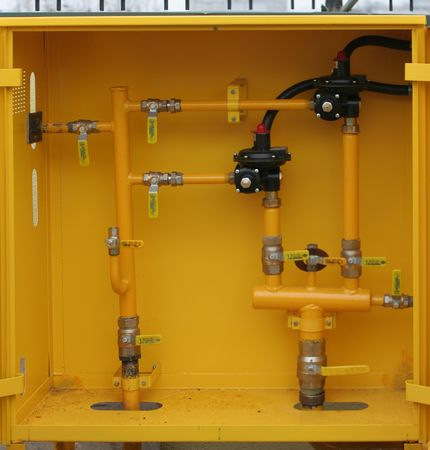 Box with gas equipment for local distribution