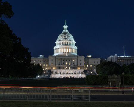United States Capitol at night - Washington DC United States of America Foto de archivo
