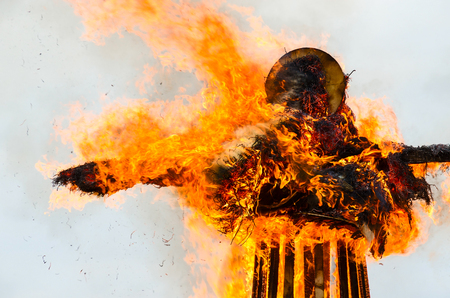 ardent: Burning down effigy of Shrovetide during Shrovetide celebrations Stock Photo