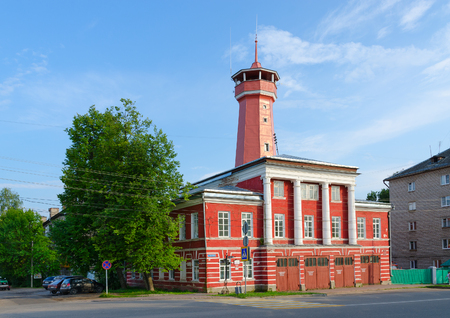 uglich russia: UGLICH, RUSSIA - JULY 19, 2016: Building of fire station with watchtower (built in years 1809-1811 on standard project, authored by Luigi Rusca)