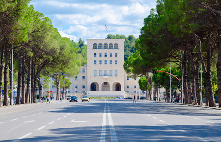 TIRANA, ALBANIA - SEPTEMBER 6, 2017: Unknown people walk along boulevard of Martyrs near Polytechnic University of Tirana, Albania 報道画像