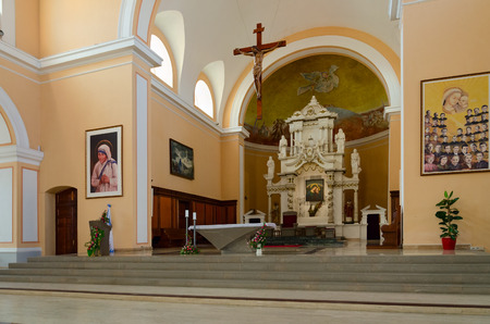 SHKODER, ALBANIA - SEPTEMBER 6, 2017: Interior of St. Stephen's Cathedral, Shkoder, Albania Imagens - 88874196