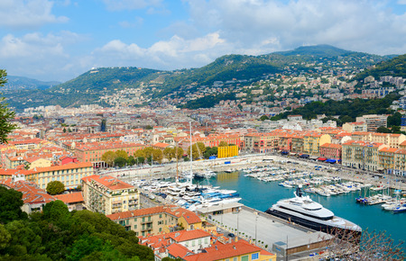 Scenic view from above of port area, Nice, Cote d'Azur, France Standard-Bild - 112050744