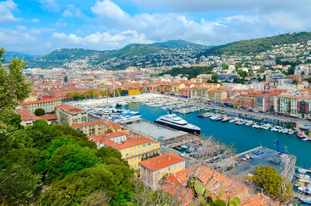 Scenic view from above of port area, Nice, Cote d'Azur, France Standard-Bild - 112050745